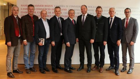 Slika: Slovenska poslovna delegacija na obisku pri IHK Bozen