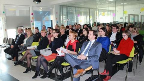 Slika: Srečanje podjetnikov postopoma presega regijske meje
