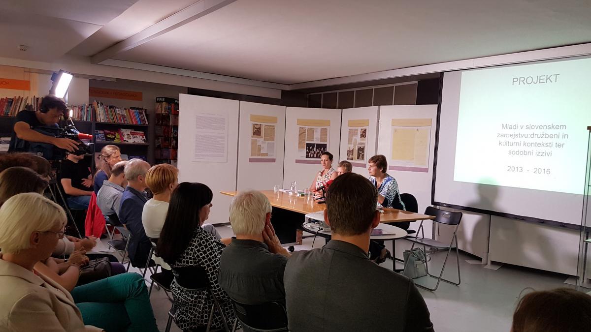 Slika: 7. ZAČINJENA MIZA: Identitetne opredelitve mladih v slovenskem zamejstvu