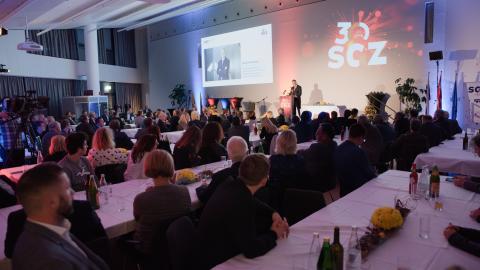 Bild: Glückwünsche und neue Ideen für den SGZ