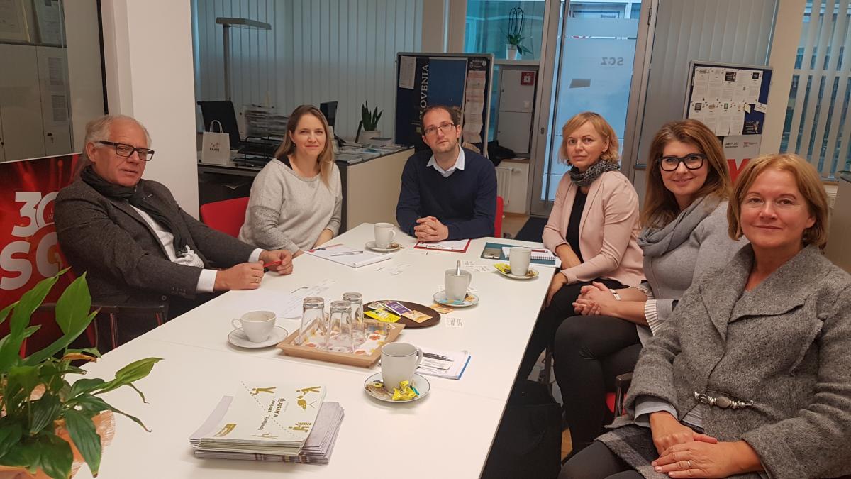 Slika: Delegacija Območne zbornice za Gorenjsko, Kranj na čezmejnem mreženju