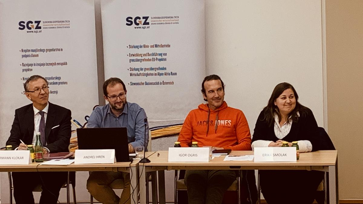 Slika: Z leve: Mag. Hermann Klokar, Mag. Andrej Hren, Igor Ogris, Erika Smolak