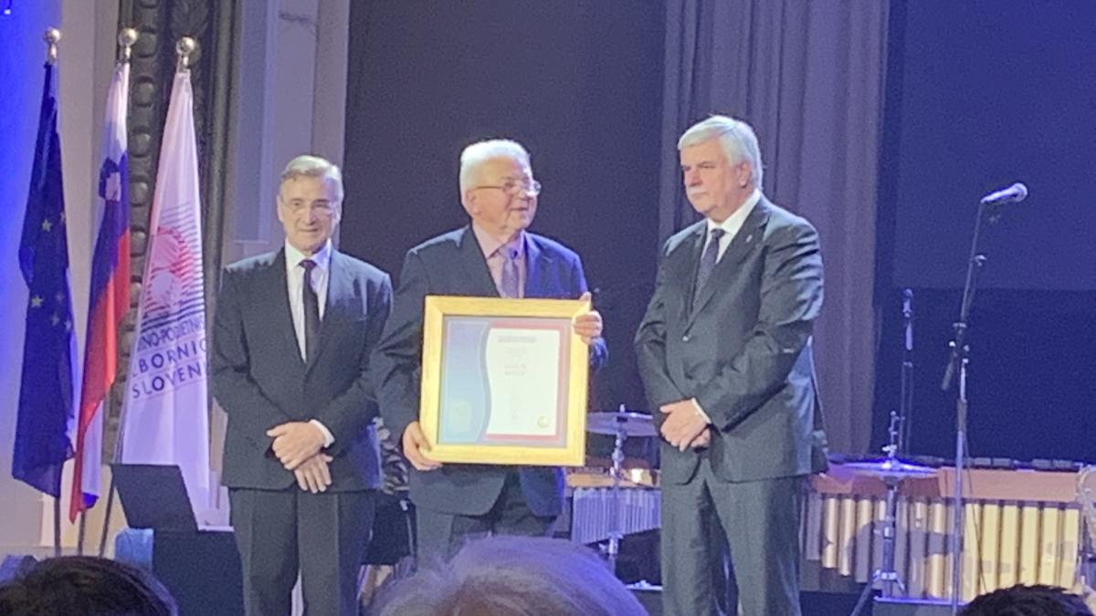 Slika: 50 uspešnih let Obrtno-podjetniške zbornice Slovenije - OZS