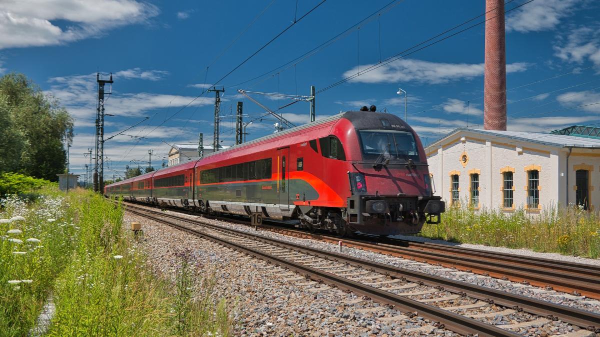 Bild: Die Koralmbahn - von Klagenfurt nach Graz in 45 Minuten
