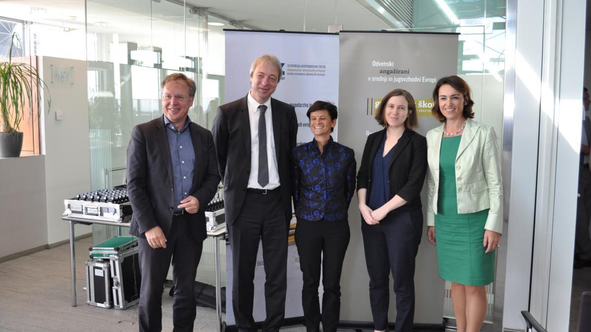 Slika: Strokovni posvet o aktualnih vprašanjih poslovanje v Avstriji